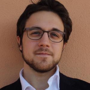 Intervista al poeta, saggista e studioso Alessio Arena.